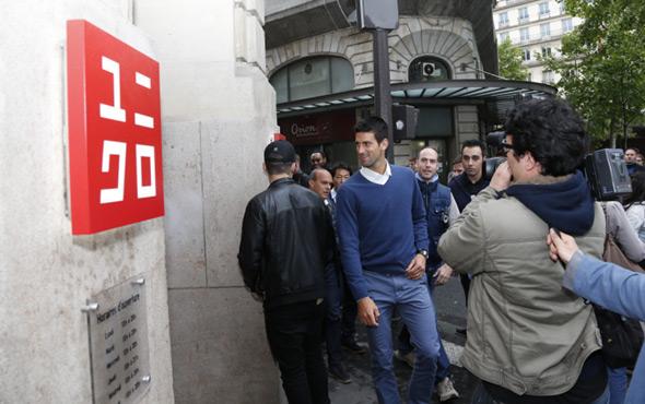 """Novak na promociji """"UNIQLO"""" kolekcije u Parizu"""