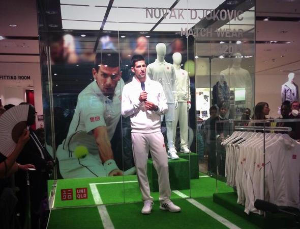"""Novak promovisao """"UNIQLO"""" opremu za Vimbldon"""