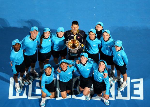 Novak je prvi teniser u Open eri koji je tri puta u nizu osvojio titulu na Australijen Openu (2011, 2012, 2013).