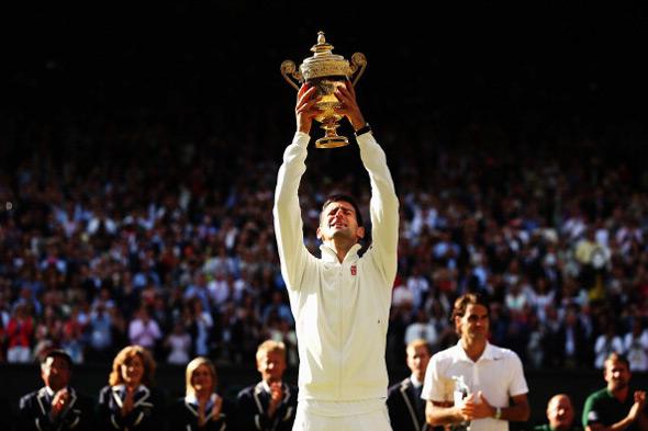 Nole osvojio drugi Vimbldon i ponovo postao najbolji teniser sveta!
