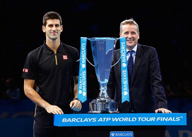 Novak je prvi teniser koji je osvojio tri uzastopna završna turnira posle...
