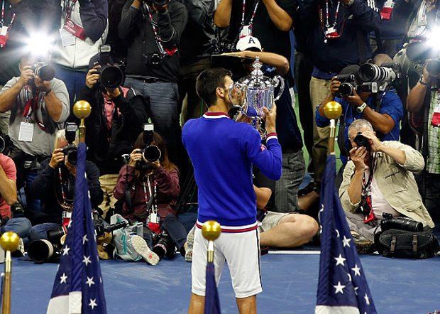 """Sa dvocifrenim brojem osvojenih gren slem trofeja (10) Novak se pridružio """"klubu"""" koji čine..."""