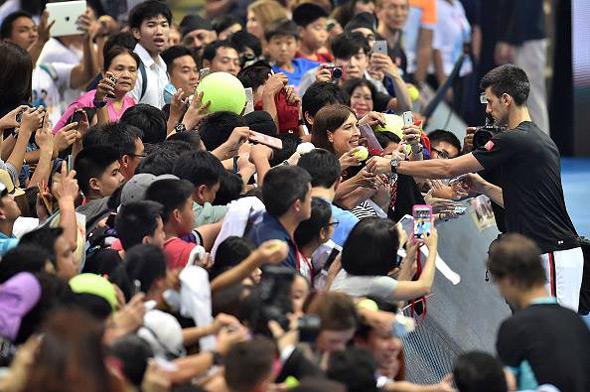 Nole bolji od Rafe u egzibicionom meču u Bangkoku